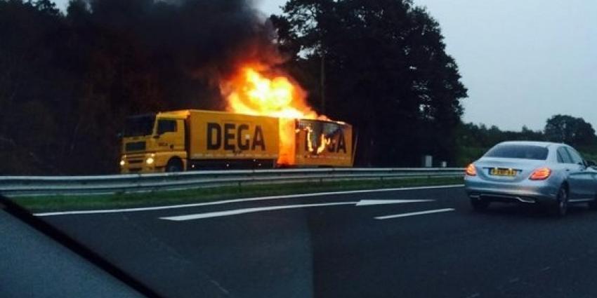 Ravage op A35 door explosie in vrachtwagen