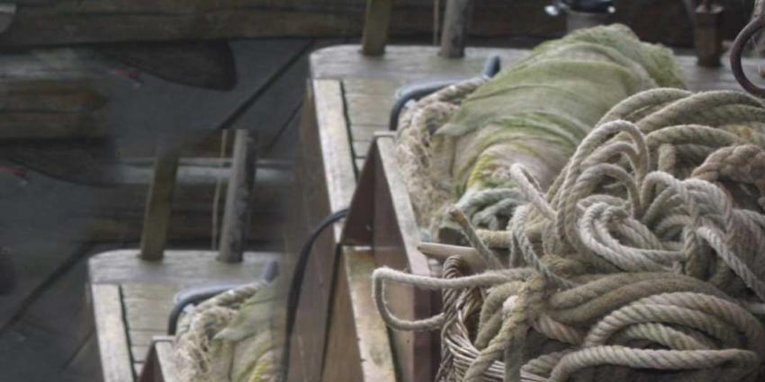 Ouderwetse klederdracht tijdens Spakenburgse Dagen