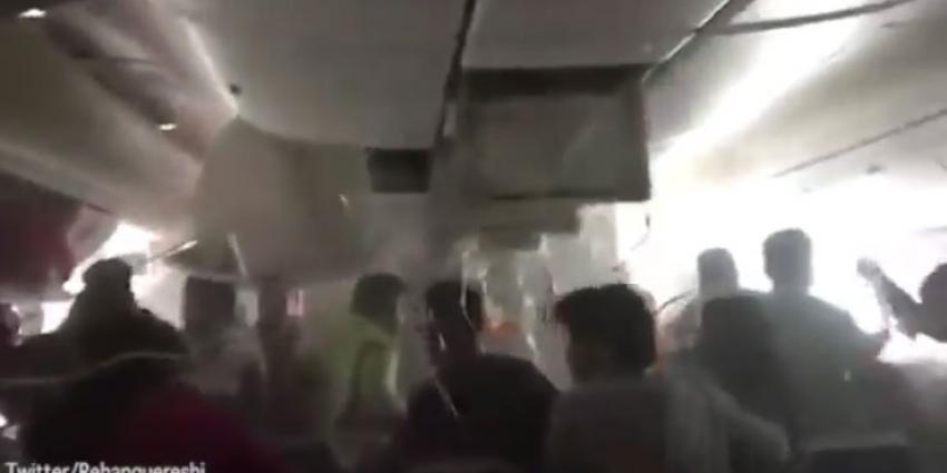 Passagier filmt paniek vliegtuigcrash Dubai