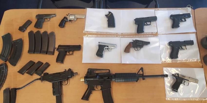 vuurwapens-automatisch-politie