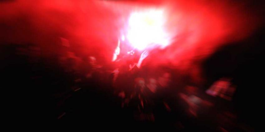 Foto van voetbal supporters vuurwerk | Archief EHF