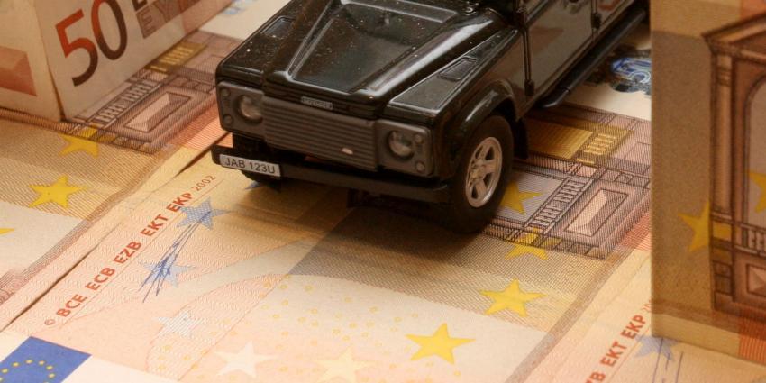 Overheid int 5,5 miljard aan wegenbelasting in 2015