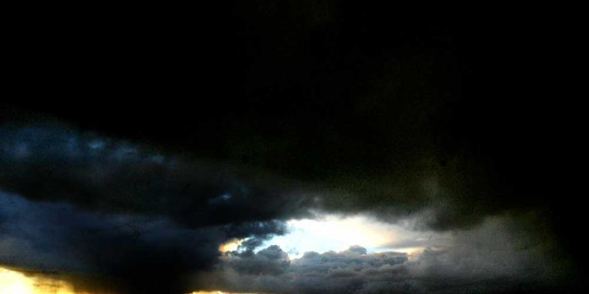 Belg overleden na drie keer tevergeefs bellen met 112 tijdens noodweer