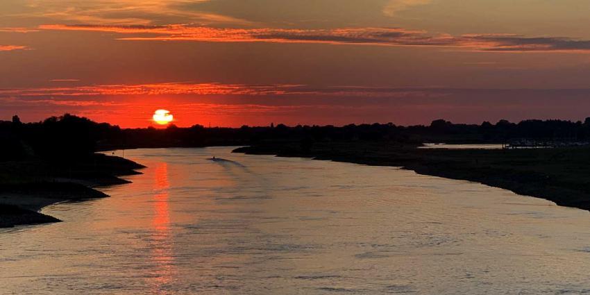 zon-water-Deventer-IJssel