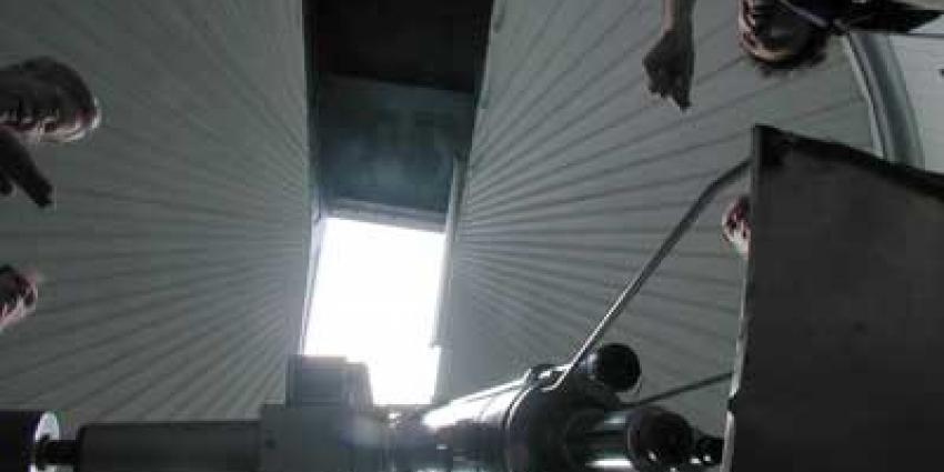 Foto van astronomen telescoop   Archief EHF