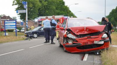 Beschadigde auto's na aanrijding