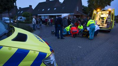 Foto van reanimatie mountainbiker   Persburo Sander van Gils   www.persburausandervangils.nl