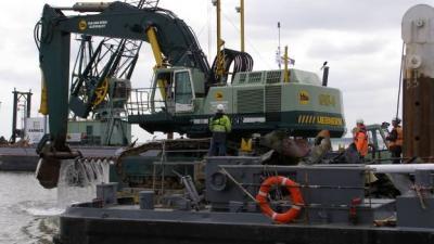 Foto van ruiming scheepswrakken   RWS