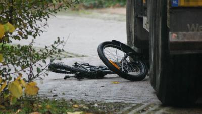 Foto van kind overreden door vrachtwagen | DG fotografie | www.denniegaasendam.nl