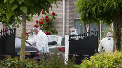 Foto van onderzoek dode kickbokser in Veghel | Persburo Sander van Gils | www.persburausandervangils.nl