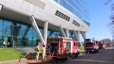 Ing Kantoor Amsterdam : File wlanl jankie doorkijkje op e verdieping ing gebouw