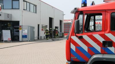 Foto van brand in garagebedrijf Farmsum | MV Blik op Nieuws