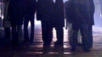 Foto van mannen op straat | Archief FBF.nl