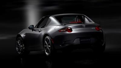 wereldpremière van de Mazda MX-5 RF,