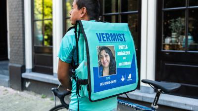 Deliveroo bezorgers zoeken naar vermiste personen