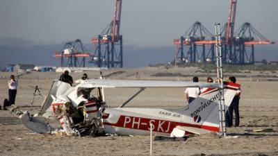 Foto van vliegtuigcrash Tweede Maasvlakte | Flashphoto | www.flashphoto.nl