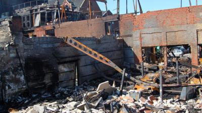 Foto van dag na grote brand