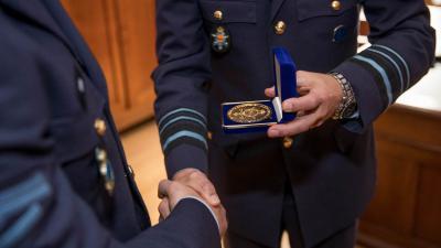 Luchtmachtmilitair geëerd voor verijdelen ontvoering