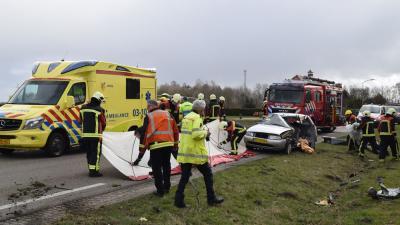 Ernstig gewonde na loschieten aanhanger bij Beilen