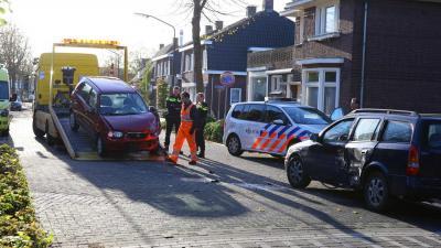 Auto's botsen op Boschweg in Schijndel