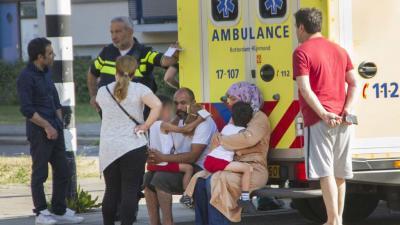 Moeder met kinderen aangereden in Schiedam. Bestuurder spoorloos