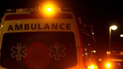 Vrouw (63) op fiets ernstig gewond na aanrijding met bus