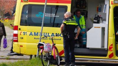 Fietsster aangereden door auto in Schiedam