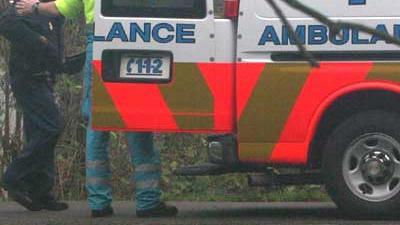 Foto van agent bij ambulance | Archief EHF