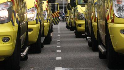 ambulances-evacuatie-ziekenhuis