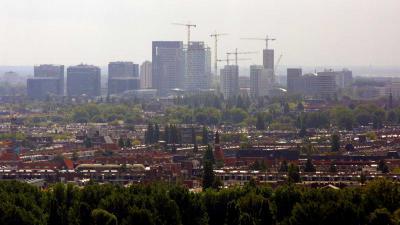 'Amsterdam drijft Nederlandse huizenprijs met gemiddeld 4,4 procent op'