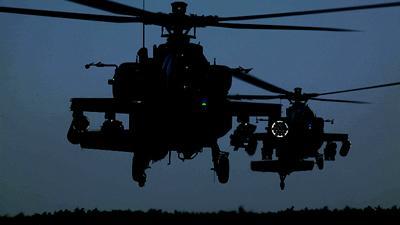Foto van Apache helikopter   Defensie