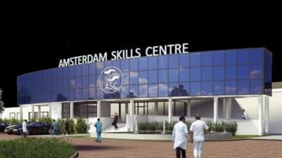 UMC's Amsterdam starten VR-trainingscentrum voor chirurgen