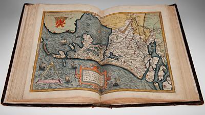 Foto van atlas Holland dwars getekend   Koninklijke Bibliotheek