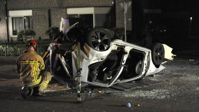 Foto van auto na ongeval   Paul Groeneveld   www.fotopersbureau.eu