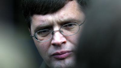 Balkenende verdient flink boven eigen norm