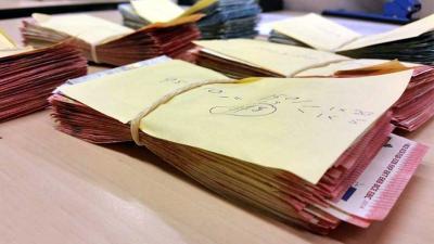 Man met veel cash en harddrugs op zak opgepakt in Haarlem