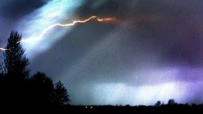 bliksem-inslag-onweer