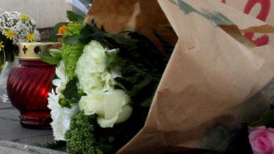 bloemen-gedenk-kaars