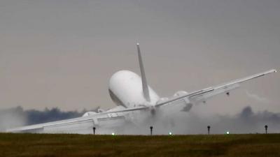 Piloten Boeing 737 met stalen zenuwen bij landing met hevige zijwind