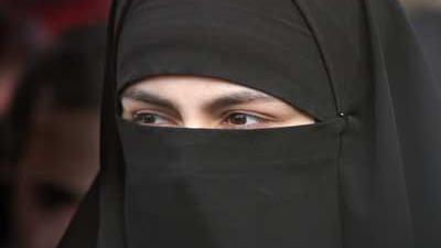 Wettelijke beperking op dragen gezichtsbedekking
