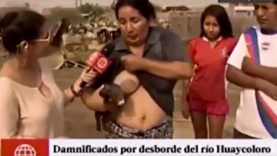 Vrouw geeft biggetje de borst op live-tv