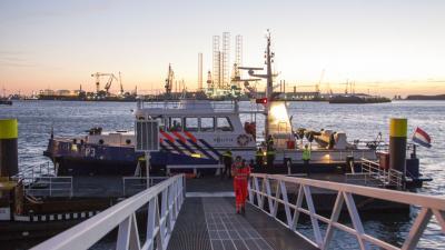 7 mensen onwel op schip door giftige stof