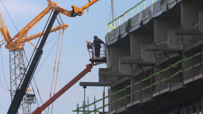 Drie meter dik betonnen dak protonentherapiecentrum UMCG gestort