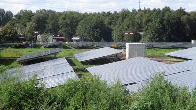 Bouw zonnepark Omweg Energy Park