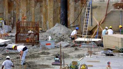 Foto van bouwput en bouwvakkers | Archief EHF