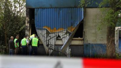 Foto van politie bij leeg bedrijfspand | Fons Hendriks | www.hendriks-multimedia.nl