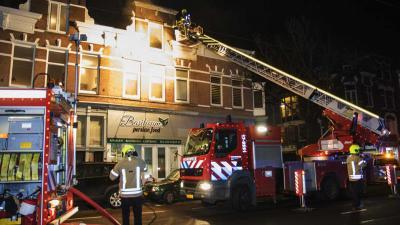 Grote brand boven Rotterdams restaurant