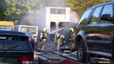 Brand in landing van bestelbus