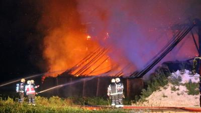 Grote brand verwoest landbouwschuur