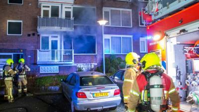 Mannen springen uit het raam bij brand in Vlaardingen